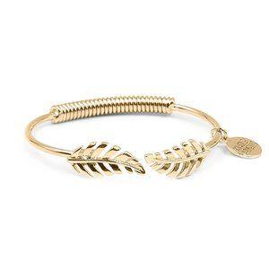 Kinsley Armelle Laurel Leaf Bracelet
